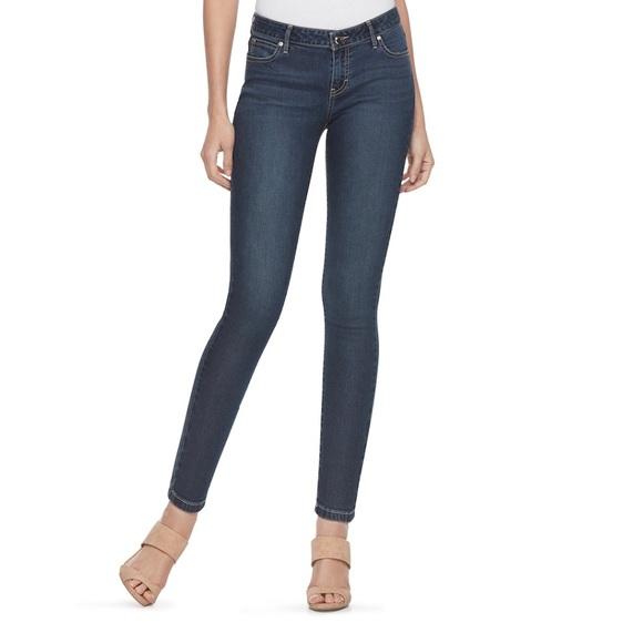 Jennifer Lopez Denim - Jennifer Lopez Mid Rise Skinny Jeans.  NWT